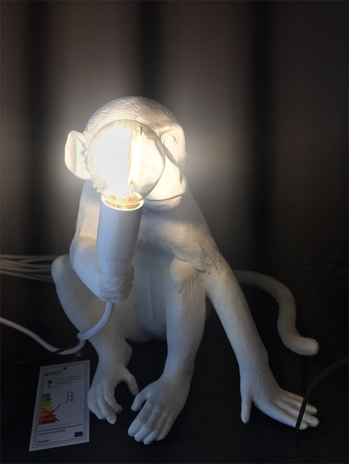 The Monkey Lamp Sitting Version (white) - Deesup